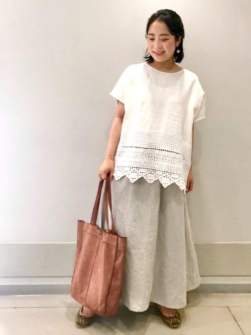 鍵編みブラウス×スカート