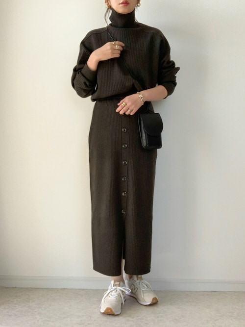 ワントーン ブラウン ファッション